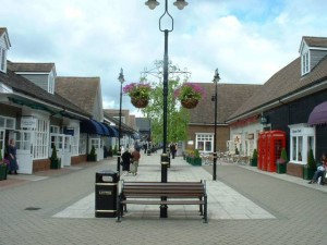 Bicester Village Chauffeur Driven Car Hire