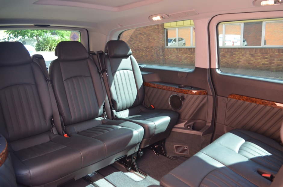 chauffeur driven mercedes viano cdc. Black Bedroom Furniture Sets. Home Design Ideas